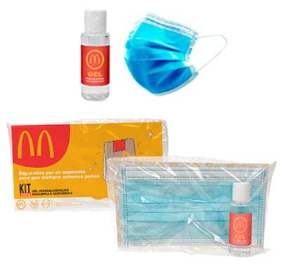 Kit higiénico compuesto de una mascarilla quirúrgica y un bote de gel hidroalcohólico. Presentado en flowpack con tarjetón personalizado.