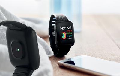 Smartwatch deportivo personalizable.
